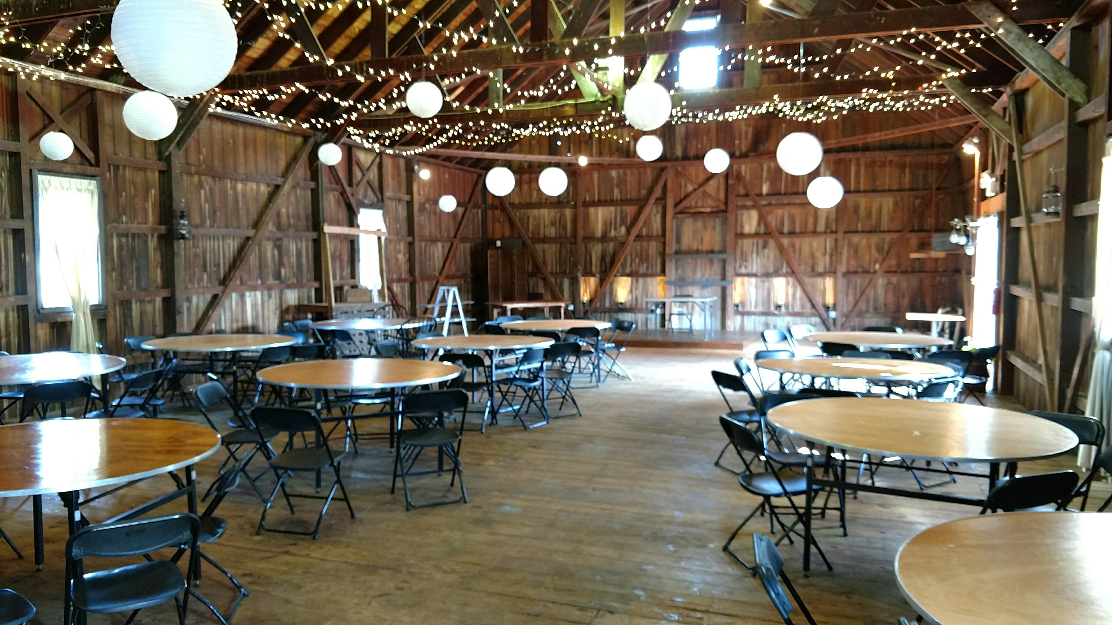 Rode S Barn At Rode S Fireside Restaurant Amp Tavern Hall
